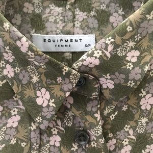 Equipment Femme Women's silk blouse Size Small